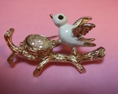 Bird in nest brooch signed Gerry's white enamel silver tone 1960s
