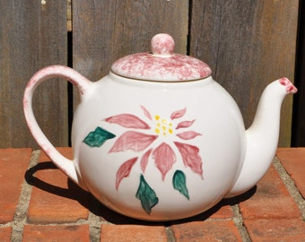 Poinsettia  Tea Pot
