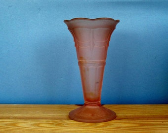 1920s Art Deco Pale Pink Pressed Glass Vase