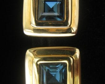 """CLEARANCE SWAROVSKI Teal Square Rhinestone Vintage Earrings.  S.A.L Marked .   Framed in Gold tone Settings.  7/8""""  Sq."""