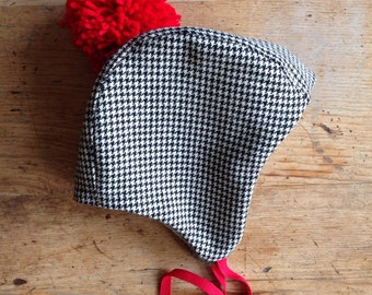 Wee Wool Bonnet for Baby, Toddler or  Kid / Black and Ivory Houndstooth with Red Pom Pom / Made to Order
