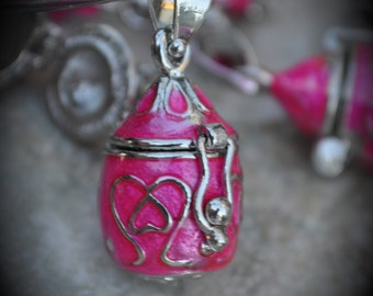 Tear Drop Pretzel Design Prayer Box Locket in Silver Plated Three Dimensional Pendant Charm Hot Pink