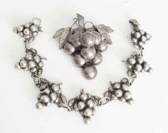 Vintage Taxco Mexican Sterling Bracelet & Brooch Set, Pin Pendant, Embossed Silver Grapes Brooch, Sterling Grape Bracelet