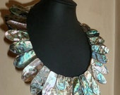STATEMENT COLLAR NECKLACE in  gleaming abalone .