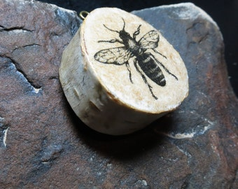 Vintage Bee design birch wood pendant necklace - One of a kind. Free Gift Wrapping.
