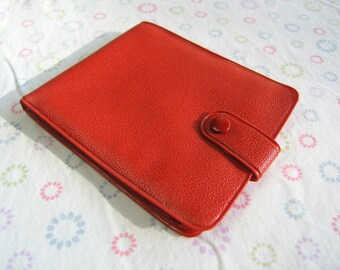 Vintage Wallet, Mid Century Red Plastic Wallet, Retro 1960s 1970s Plastic Wallet, Red Wallet Made in Germany, Childs Red Wallet Snap Closure