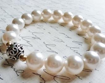 Creamy White Pearl Bracelet / Bali Sterling Silver / Cream Silver Gold / SimplyJoli / Layering Stretch Bracelet