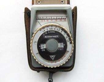 Vintage Light Meter LENINGRAD - 4, Russian Selenium Light Meter, Camera Supplies 1960s