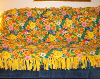 Yellow Floral Tropical Fleece Tied Blanket