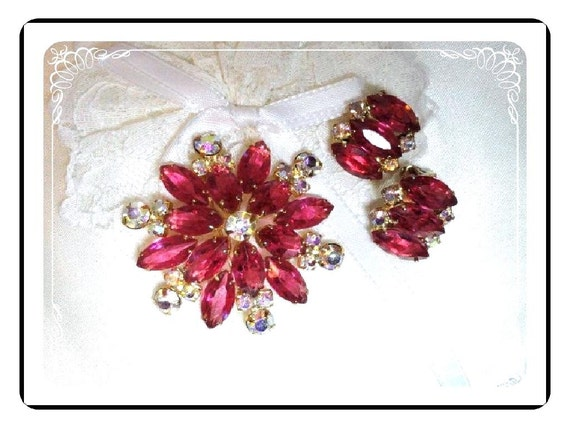 Pink Brooch & Earring Set - Vintage  Rhinestone Star Sparkles - Demi-1494a-012312000