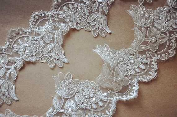 Ivory vs White Pearls White Pearl Beaded Lace Trim