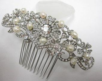 Wedding hair comb Bridal hair jewelry Wedding hair accessory pearl Bridal hair accessory Wedding hair jewelry Bridal hair comb Wedding comb