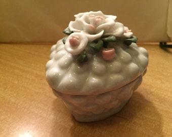 Beautiful Porcelain Jewelry Casket