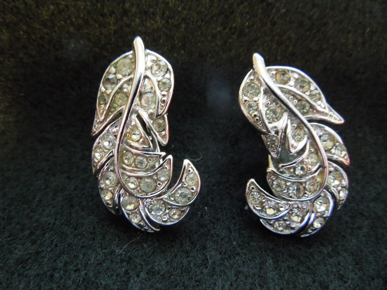 vintage monet earrings silver tone clip on rhinestones