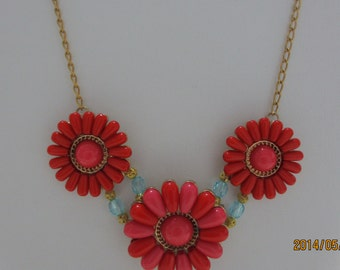 Orange trio of flowers necklace