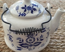 Vintage Blue and White Teapot- Delft Blue and White Teapot