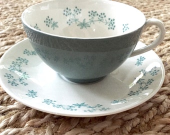 Royal Doulton April Showers Pattern- Set of 4 Cups and Saucers- Made in England