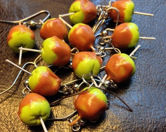 miniature caramel apples
