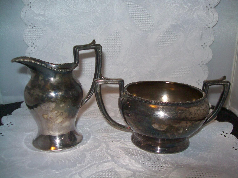 Victor Silver Co Quadruple Silver Plate Cream And Sugar Set