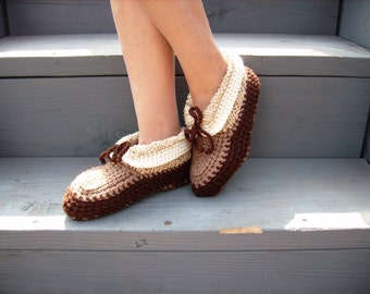 House slippers, warm accessories,  yarn shoes, women slippers, cozy warm, winter warm, ladies knits, Christmas gift, great gift, for her