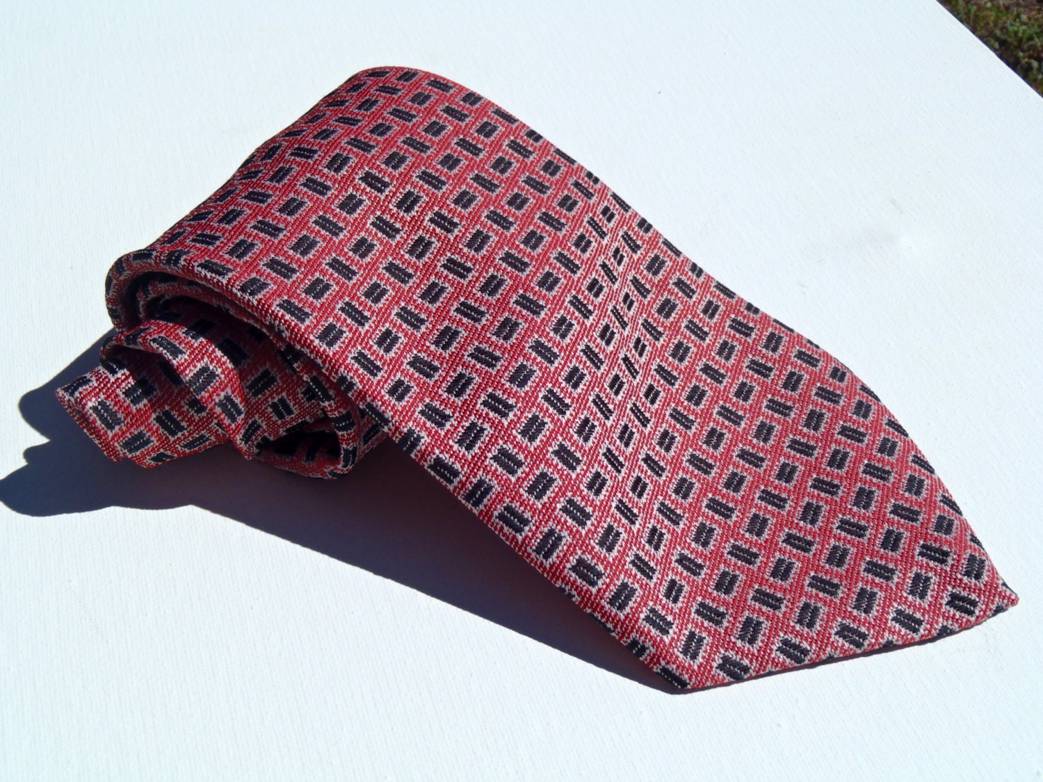 Vintage 1970s Wide Red Tie With Black Rectangles Haute Juice