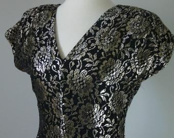 Vintage BLACK and GOLD METALLIC Lace Dress/size Small-Medium