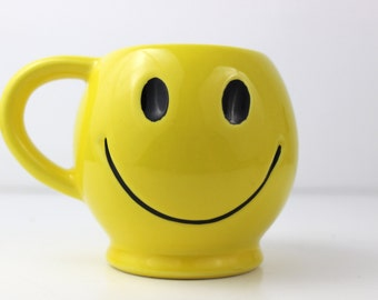 Smile Cup/ Happiness Coffe Cup Mug/ Yellow Smile Cup