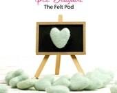 Felt Hearts -  3 to 4 cm - 10 count - Color ICE DAIQUIRI - Wool Felt Hearts