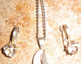 Sterling Solitaire Parure Sterling Silver Retro Wedding Necklace Drop Pendant Necklace w Matching Clip on Earrings Demi Parure Set