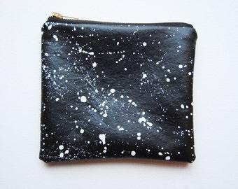 constellation pouch // black + white