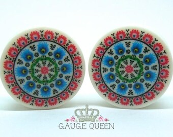 "Polish Folk Art 2 Plugs/Gauges.4g /5mm, 2g /6.5mm, 0g /8mm, 00g /10mm, 1/2"" /12.5mm, 9/16"" /14mm, 5/8"" /16mm, 3/4"" /19mm,7/8"" /22mm,1"" /25mm"