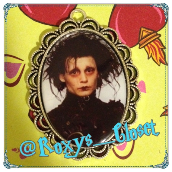 Edward Scissorhands Johnny Depp Silver Oval