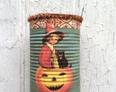 Halloween in a Tin Can!