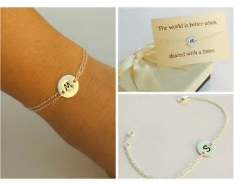 Sterling silver initial disc bracelet. Personalized silver bracelet. Bridesmaids bracelet. Best friend bracelet . Sister bra