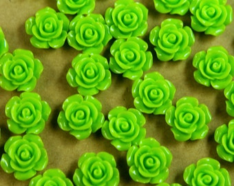 20 pc. Bright Green Glossy Crisp Petal Rose Cabochon 14mm | RES-401