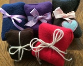 Lavender scented re-useable hand warmers - one pair.