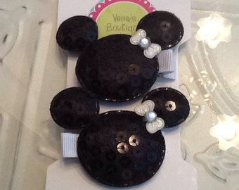 Set of 2 Minnie Mouse Sequin Hair Clip