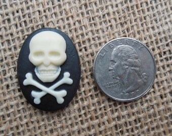 Large Skull and Crossbones Resin Cabochon