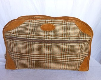 Vintage FRENCH COMPANY Twill and Suede Duffle Bag Tennis Bag Rustic Athletic Style Holdall UNISEX
