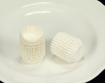 """3# 15/16"""" Mini Paper Liners Candy Nut Chocolate Cookie Cup Baking Cups, White,500 pcs"""