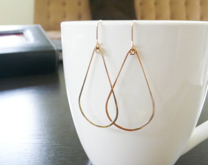 Gold Filled Teardrop Earrings//Handmade Jewelry//Women Earrings//Summer Jewelry