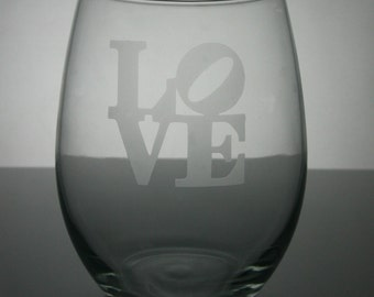Love etched glasses, valentine wine glasses, etched wine glasses, customized wine glasses, stemless wine glass