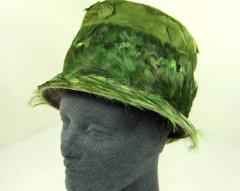 Mid-Century Mod Ladies Vintage Fashion Hat Green Feathered Bucket Hat with Brim