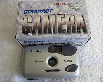 Excell AE100B Film Camera 35mm Point & Shoot In Original Box Vintage C4-6