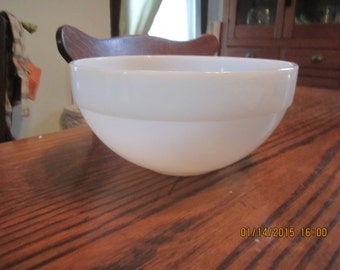 Vintage White Fire King Anchor Hocking Mixing Bowl