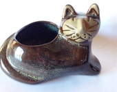 Delightful Mid Century Modern Large Cat Planter Pot by David Stewart Stoneware. Great face and rare brown color!
