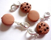 Crochet stitch markers: chocolate chip cookies for crochet, cookie stitch markers, sculpted polymer clay - UK seller