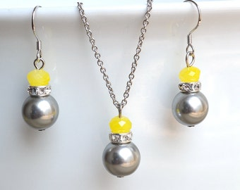 gray Pearl And yellow Crystal Set, Wedding Jewelry, Brides Jewelry, Bridesmaid Gifts, gray and yellow Pendant Necklace And Dangle Earrings