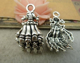 10pcs Antique Silver Skull Hand Charms Pendants 20x38mm Antique Silver Skull Hand Charms