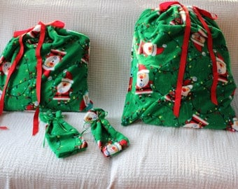 Christmas Bag Collection of 4 Cloth Bags: Green Fuzzy Fleece Santa Sack and Gift Card Size